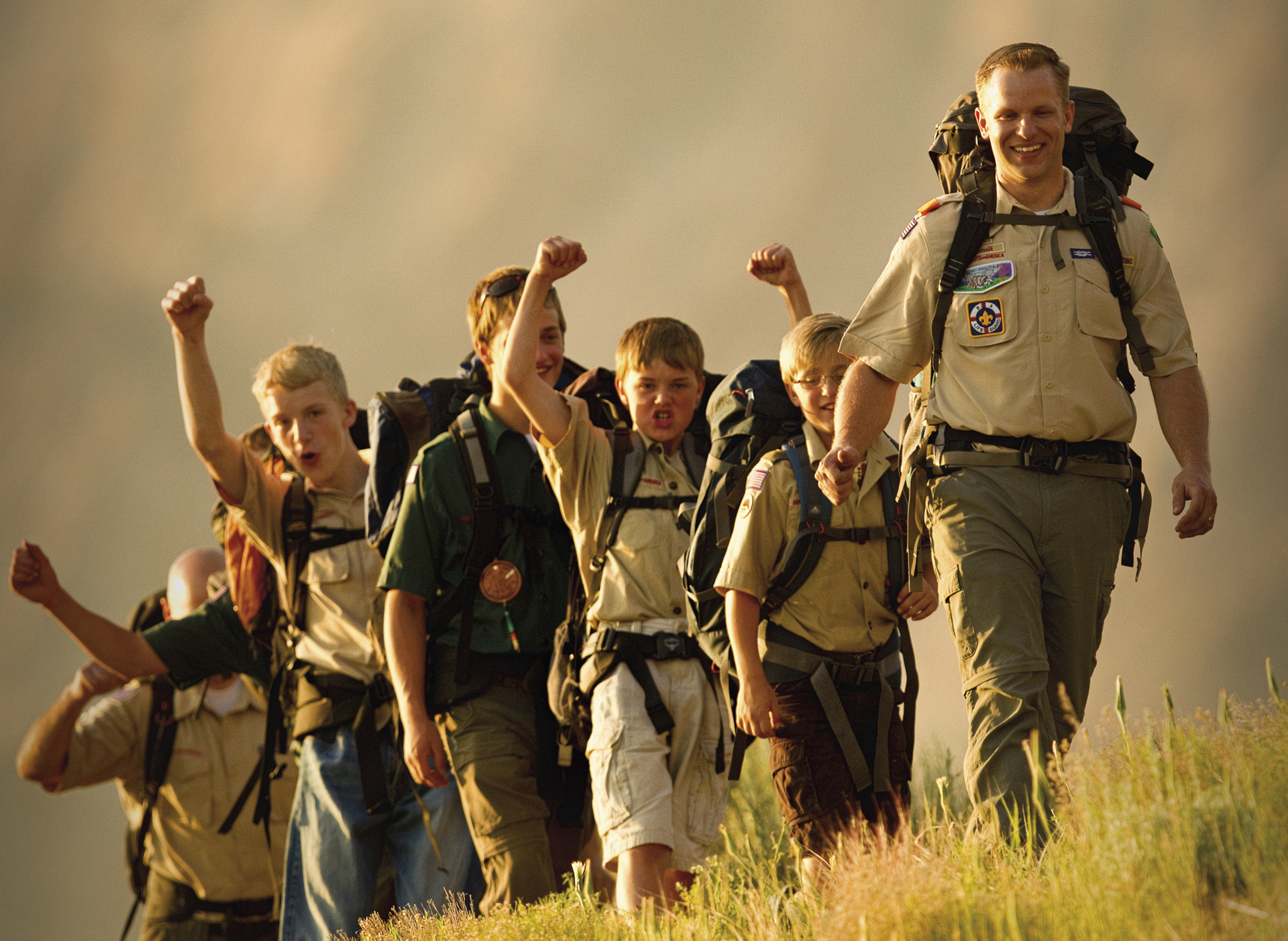 scout-leader-young-men-1164229-wallpaper
